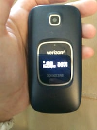 Verizon (Unlocked) Kyocera Smart Flip Phone Asheville