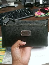 black leather Michael Kors wristlet Silver Spring, 20903