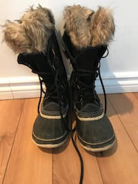 Sorel winter boots size 8 null