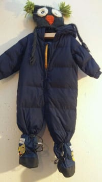 Navy blue Gap snowsuit size 12 months Waterloo, N2L 4Z3