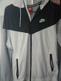 white and black Nike hooded windbreaker Lancaster, 43130