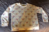 Sweat Blanc motif chat, triangles pastels pull and bear Paris, 75008