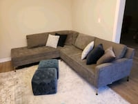 Structube Grey Sectional Vaughan, L4H 1T9
