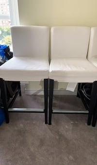 2 Barstools with Fabric cover Mississauga, L5B 3Y3