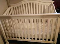 baby's white wooden crib Atwater, 95301