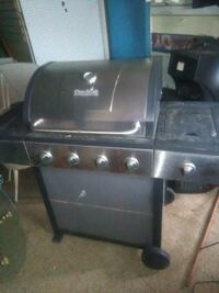 GAS GRILL WITH TANK Massillon