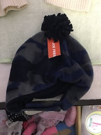 Joe fresh hats 0-12 months 571 km