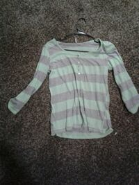 white and pink striped scoop neck long sleeve shirt 1070 mi