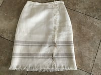 BEAUTIFUL SKIRT SIZE 2 NEW CONDITION Montréal, H9K 1S7
