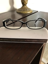 Michael kors eyeglass frames in perfect condition. Los Angeles, 91344
