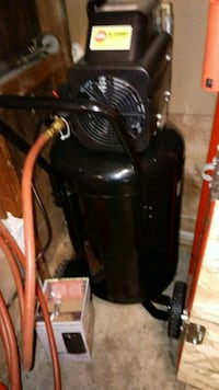 New stand-up air compressor Gaithersburg, 20879