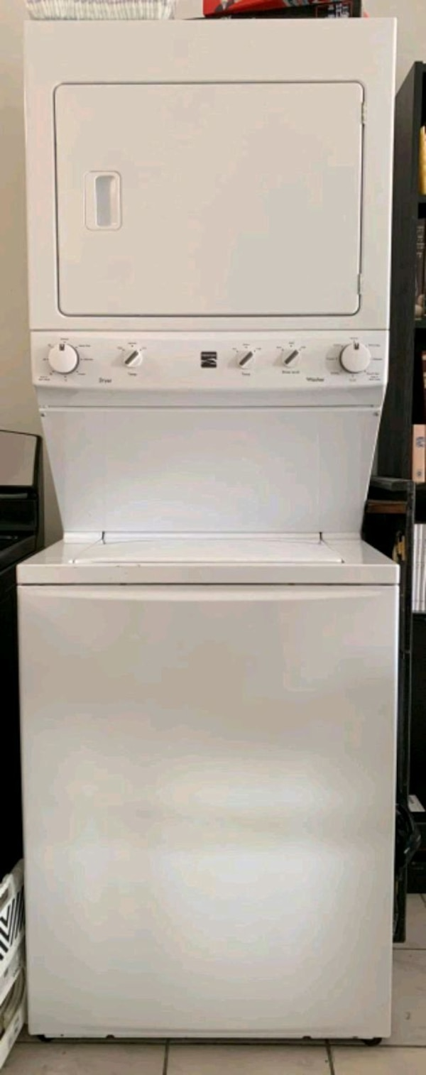 Kenmore Electric washer dryer  3fcb8d98-05fd-45af-b67e-81a9329ab90a