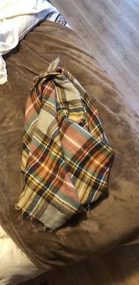 Plaid Scarf Central Point, 97502