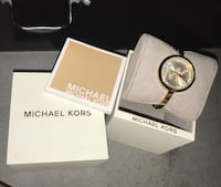 Round gold michael kors analog watch with box Chicago, 60661