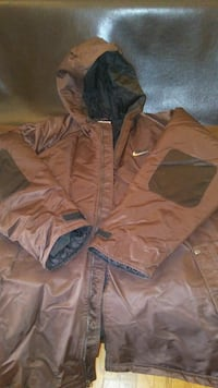 NIKE XXL BROWN COAT FOR $60 University City, 63130