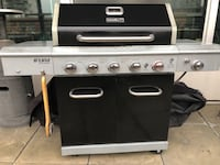 Great large gas grill! Grill in great condition (originally bought for $700) - perfect for any cut of steaks, chicken, veggies, etc. Food comes out truly amazing, better than some steak houses. Will include the grill conver and scraper (value of additiona Denver, 80202