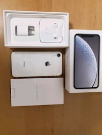 NEW IPHONE XR 64GB SILVER WHITE UNLOCKED  Brampton, L6R 2S8