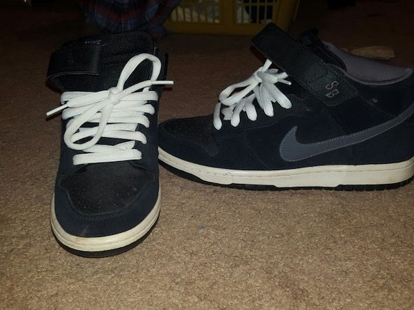 fb36b6da876 Used pair of black and white nike sb high tops sneakers for sale in  Centreville - letgo