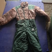 green and brown camouflage jacket and pants 782 km