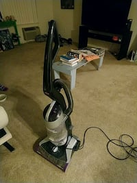 gray and black upright vacuum cleaner San Jose, 95118