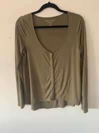 American Eagle Navy Green Button Long Sleeve Top London, N6C 4W7
