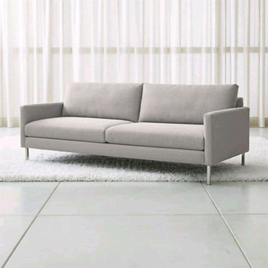 used studio sofa from crate and barrel for sale in melrose letgo rh us letgo com