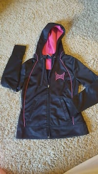 Tapout Hoodie Omaha