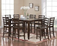 Square Dining table  Mississauga, L5R 1M9