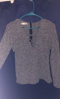 Gray V-Neck Large Long Sleeve Top