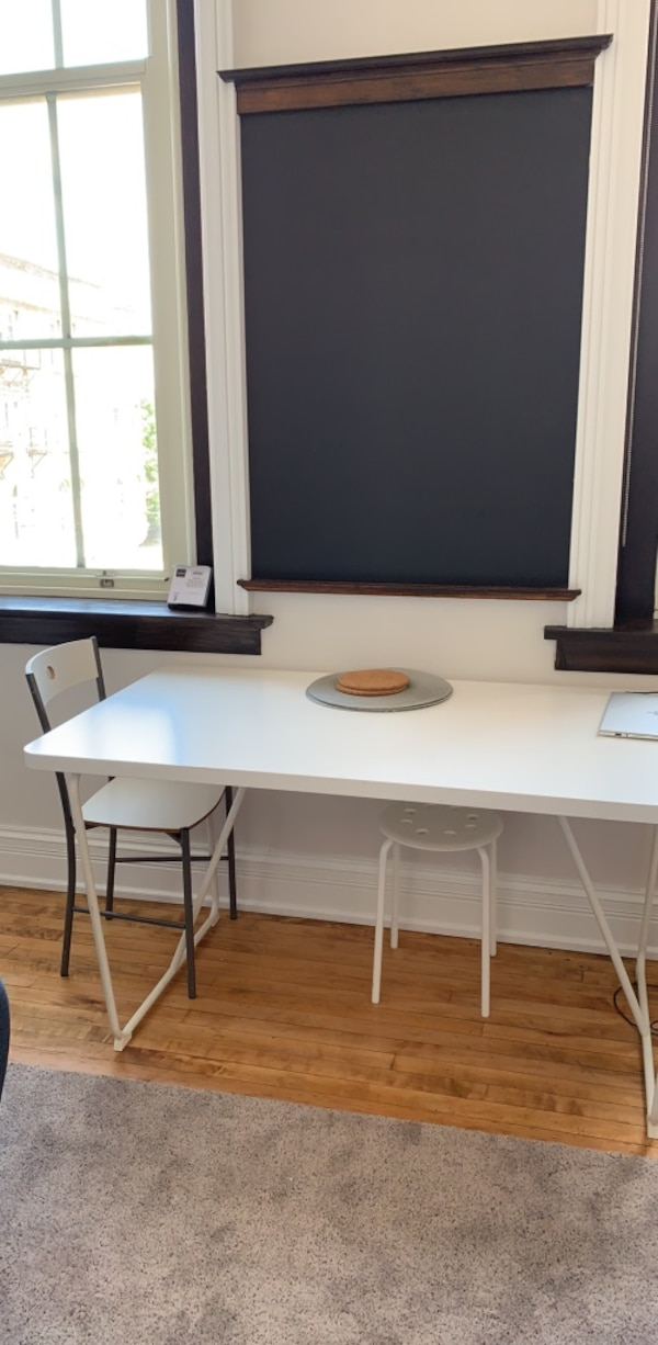 Awe Inspiring Cute Kitchen Table With Chairs And Bench Included Gmtry Best Dining Table And Chair Ideas Images Gmtryco