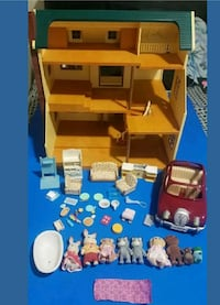 brown wooden 3-tier doll house with animal plush t Bridgeport, 06608