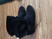 Black ankle high boots null, V9P