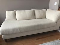 Beige LaZboy 4 seater lounge almost new North Grafton, 01536
