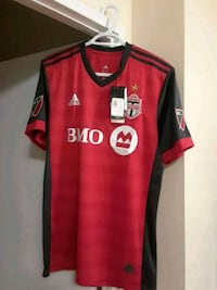 red and black Adidas Avea jersey shirt Toronto, M4A 2W1