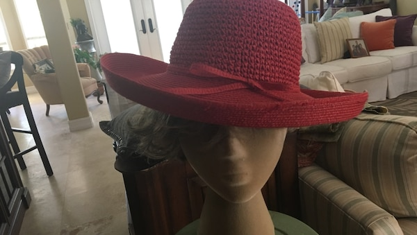 Another gorgeous looking hat