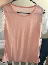 Brand New Never Worn Lace Sleeve T-shirt  Pembroke Pines, 33027