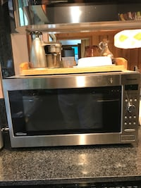 black and gray microwave oven South Salem, 10590