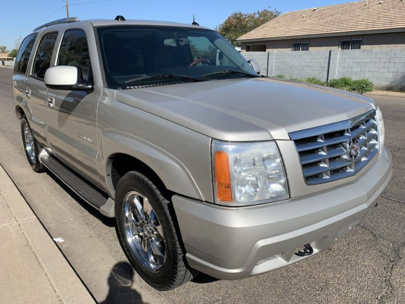 2005 CADILLAC ESCALADE LUXURY 2