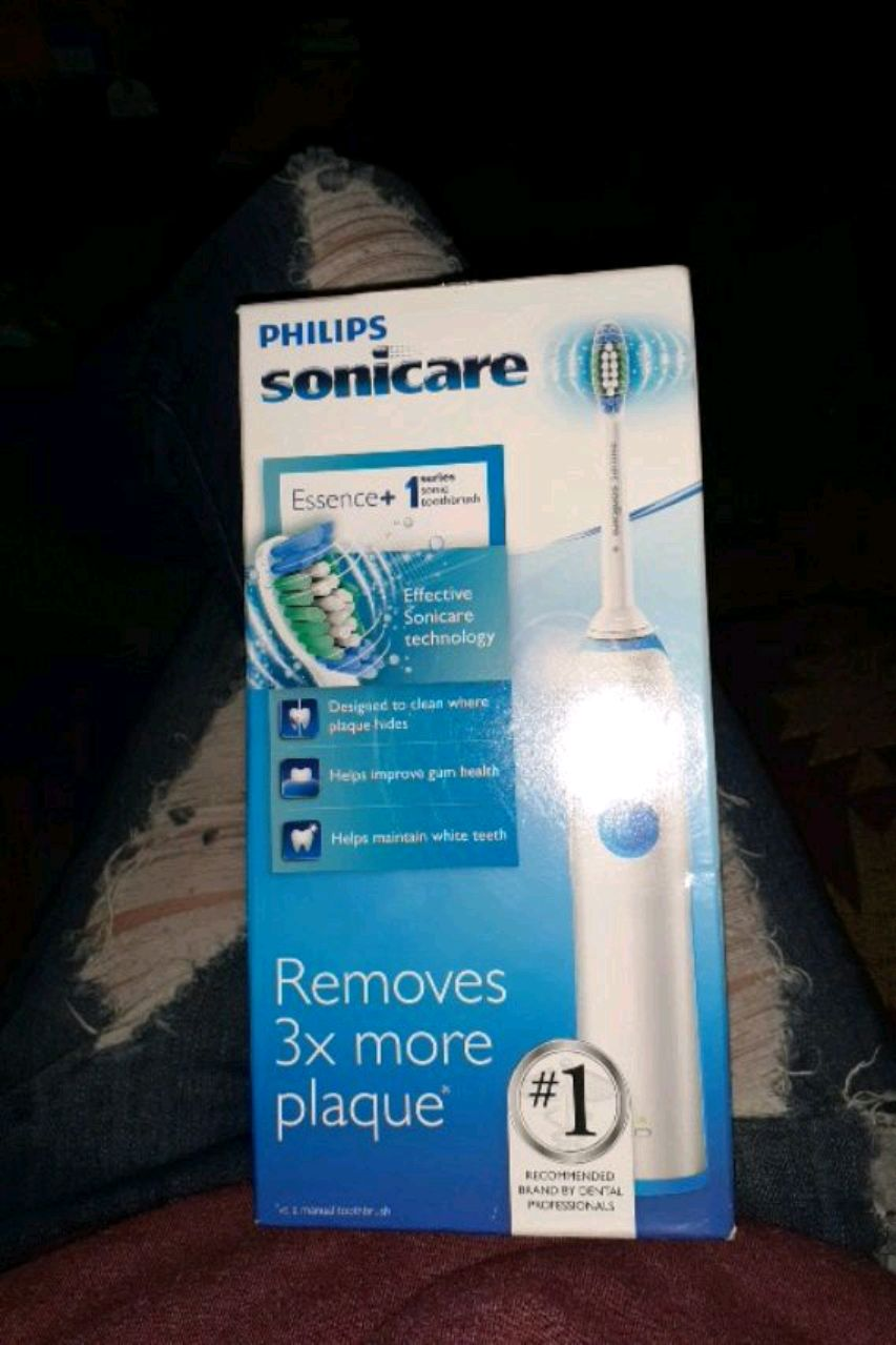 Photo Philip's sonicare electric toothbrush