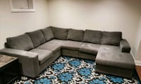 EUC 3 Piece Sectional Toronto, M8Y