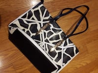 Black and White Purse Hamilton, L9H 5E2