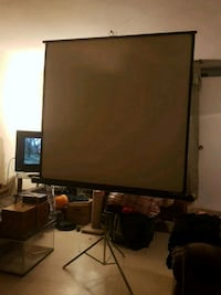 Portable projection screen Toronto, M3N 2J9