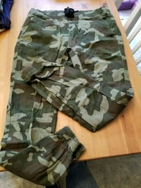 camouflage joggers size adult M 18 mi