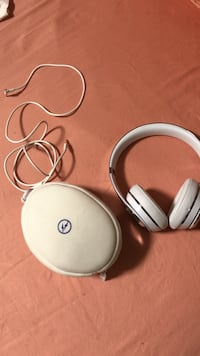 Limited edition beats wires headphones