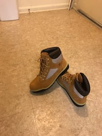 Pair of brown timberland boots for $120 or the best offer. Will sell fast  Washington, 20005