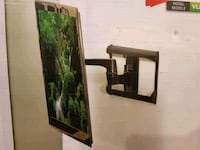 Tv wall mount  Guelph, N1H 6H8