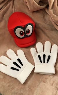 Super Mario hat and gloves