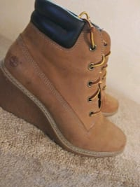 pair of brown Timberland work boots Sherwood, 72120