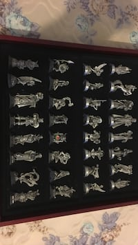 Crystal and pueter magical chess set!!!! Great for decoration or for chess lovers. Lake Charles, 70611