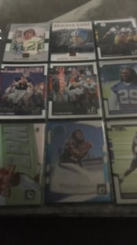 Binder full of football cards over 400 Odessa, 79763